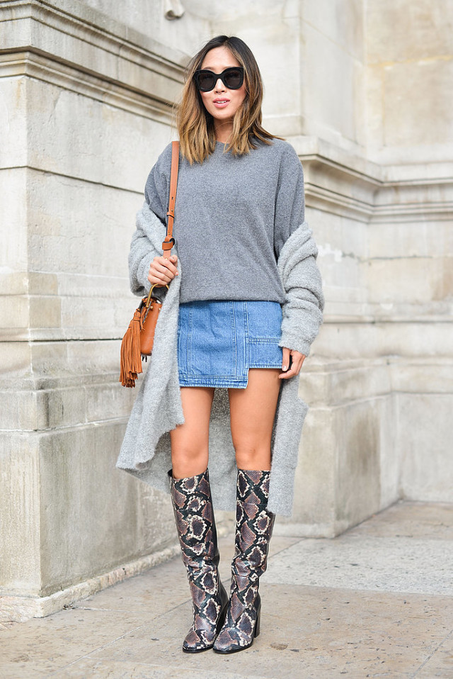 python snakeskin boots grey sweater denim mini kirt fringe tassle bag grey sweater coat Paris-Fashion-Week-Day-7