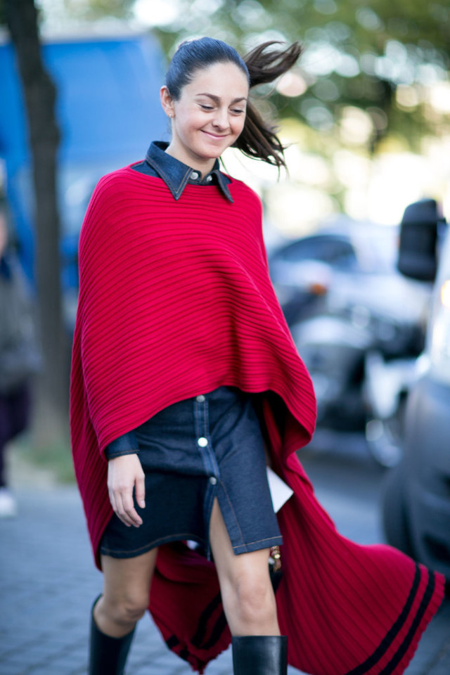 red poncho denim shirt dress knee boots fall outftis poncho cape Paris-Fashion-Week-Day-1