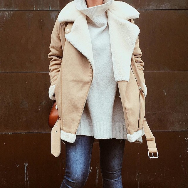 shearling jacket sweater jeans weekend outfits fall winter