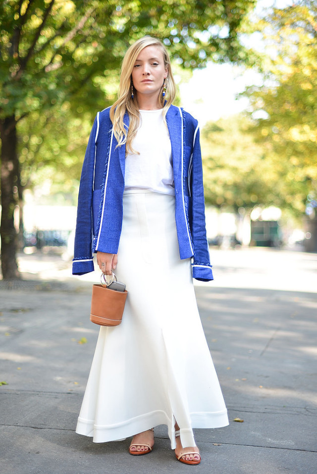 white after labor day long midi skirt all white mini bucket top handle bag kate foley blue jacket blazer frayed whtie tee fall work outfit transitional dressing Paris-Fashion-Week-Day-5