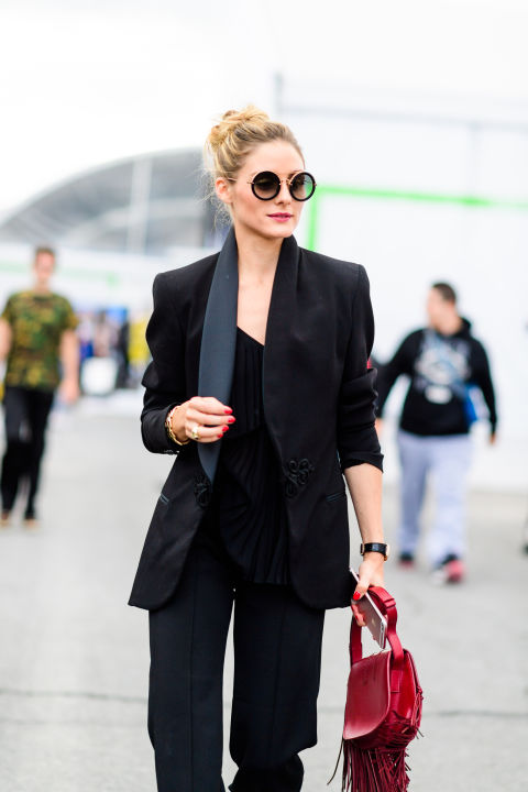 black-pantsuit-olivia-palermo-night-out-going-out-fall-work-outfit-nyfw-street-style-ss-2017-hbz-party