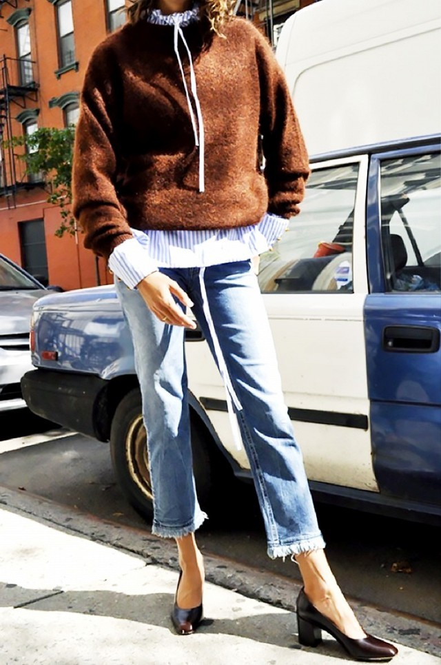 cropped jeans frayed jeans stack heel pumps sweater over shirt rust sweater furry sweater high neck blouse striped shirt weekend oufti cropped jeans via www