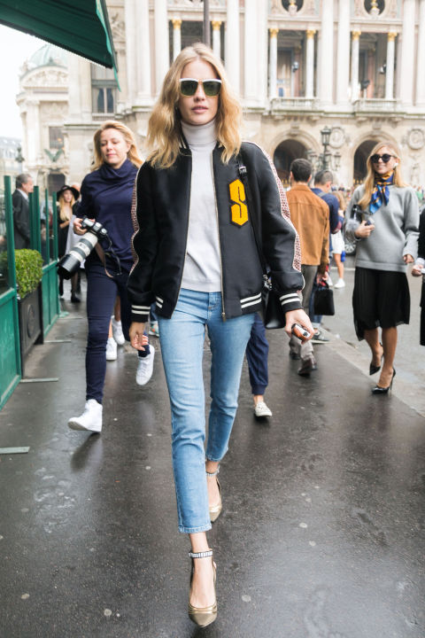 letterman basebal jacket cropped jeans skinnies turtleneck fall jackets fall outfit weekend natalia vodianova hbz