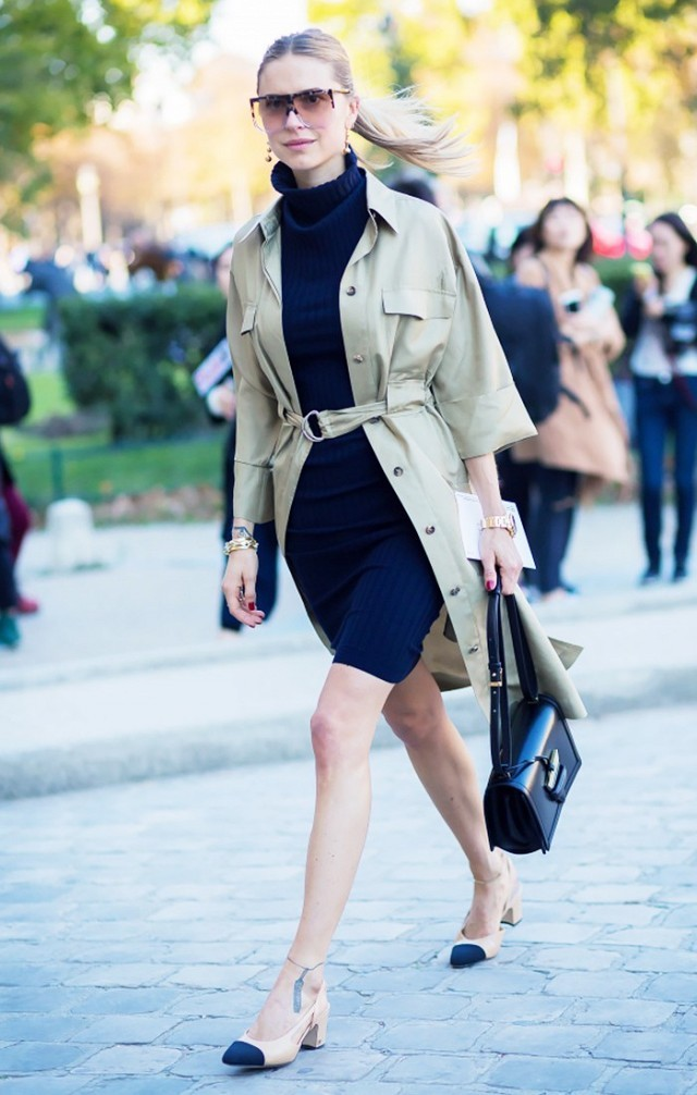 shitrdress hack turltneck sweater dress navy army green khaki layering fall work outfit two tone chanel block heels