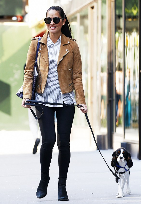 suede jacket black skinnies blac kbooties striped oxford weekend dog walking style www