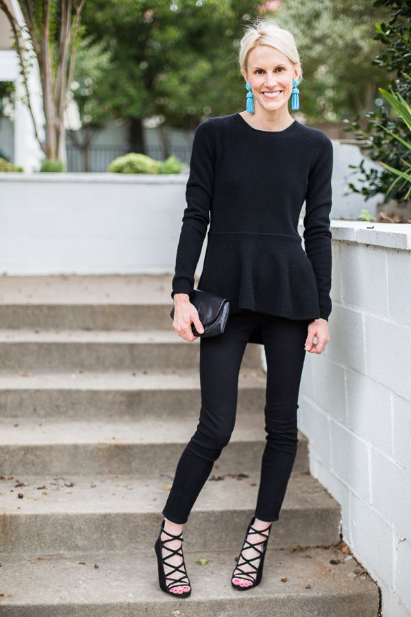 what to wear to new years eve, casual new years eve outfit, black pepplum top, black skinnies, tassle earrings