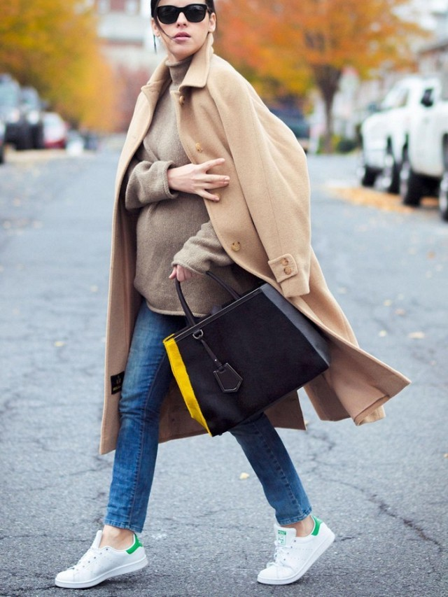 bump style-oversized turtleneck sweater-camel coat-skinny jeans-adias white sneakers-bittersweet colours