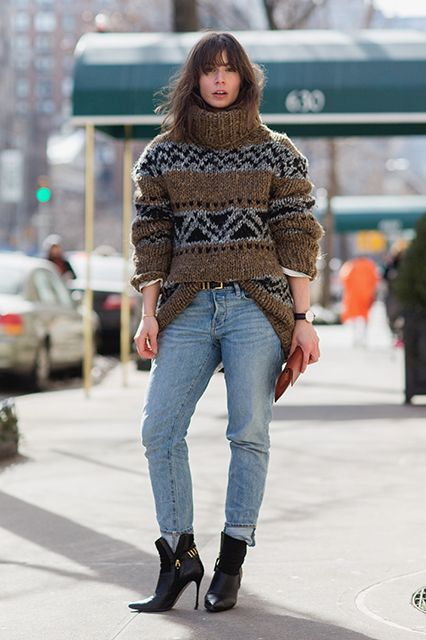 winter outfits, chunky sweater-turtleneck sweater-ski sweater-mom jeans-cuffed jeans-ankle boots-jeans and booties-belt-tucked in sweater-front tuck-oversized sweater-sweater instead of coat-refinery