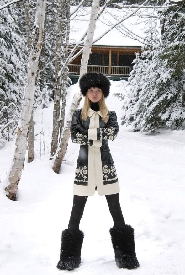 what to wear to apres ski, ski outfit, winter outfit, snow outfit, fur hat, printed cardigan sweater, fur boots