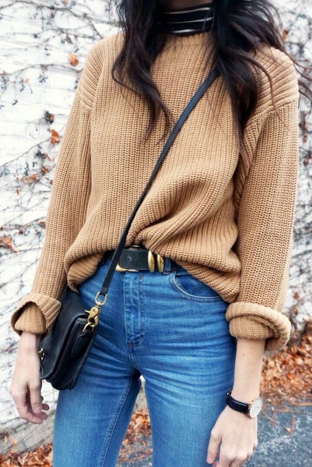 weekend outfit-high waisted jeans-turtleneck-front tuck-tuked in sweater-camel-fall neutrals-weekend outfit-crossbody bag