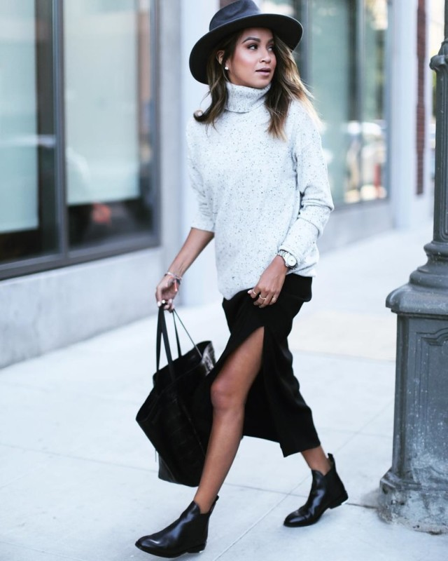 winter maxi skirt-chelsea boots-black maxi skirt-turtleneck sweater-black and grey-wide brim hat-tote-winter work outfit-winter brunch weekend outfit-christmas holidays-sincerelyjules instagram