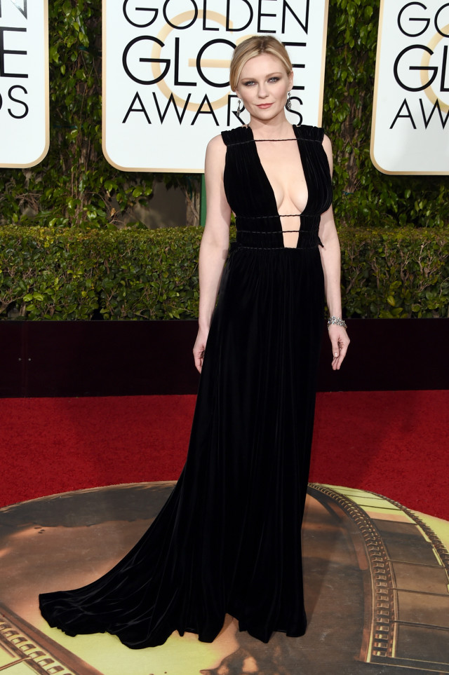 golden globes 2016 red carpet fashion Kirsten Dunst