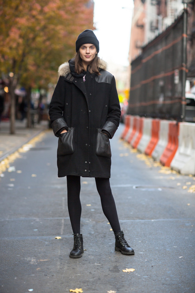 what to wear when it's freezing out, black coat, beanie, lace up boots