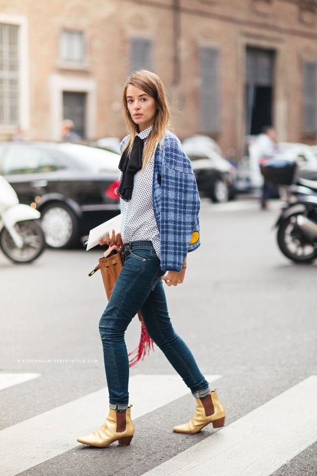 how to cuff your jeans, styling hacks, denim styling tricks, gold booties-bow blouse-plaid jacket-cuffed jeans-rolled jeans-polka dots-mixed prints-fall outfit-wor outfit-brunch-carlotta otti-via-www
