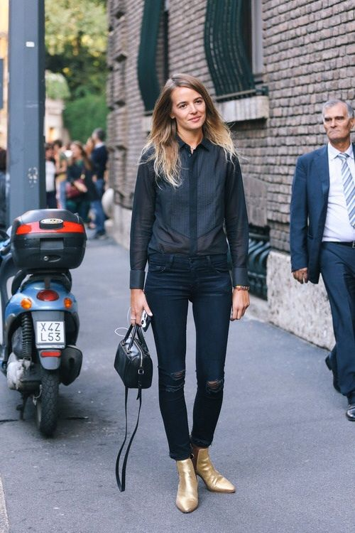 gold boots-black jeans-black tuxedo blouse-sheer blouse-tucked in blouse-street style-going out night out outfit-fall spring-via naimabarcelona.com