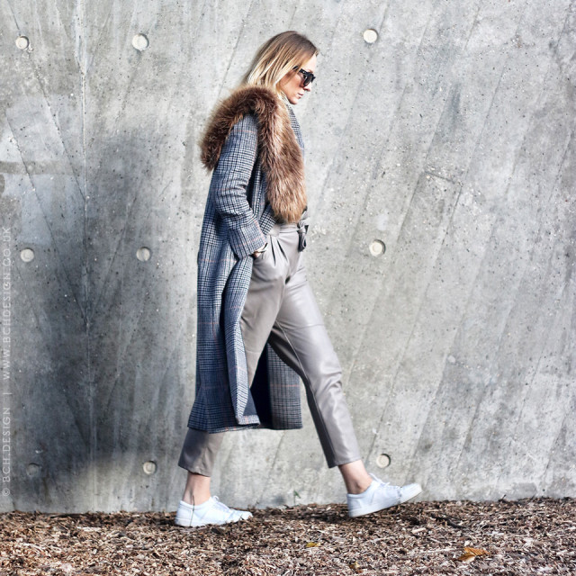 grey leather skinnies-sneakers-fur scarf stole-houndstooth-navy coat-winter outfit-