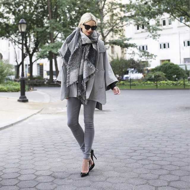 grey-monochromatic-groutfits-checkered scarf-blanket scarf-grey coat-grey skinnies-black pumps-black and grey-atlantic-pacific