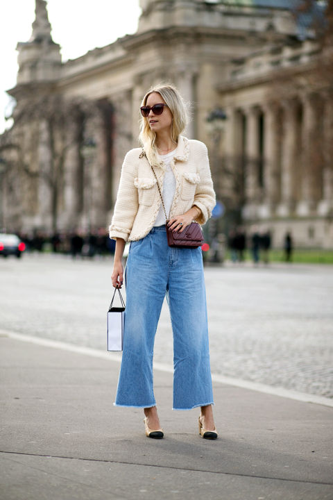 street-style-paris-couture-fashion week-cropped jeans-denim culottes-frayed denim-chanel tweed jacket-two tone block heels-hbz