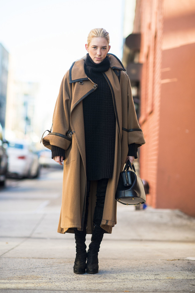 oversized coat-statement coat-mid calf boots-black boots-black skinnies oversized tunic sweater all black work weekend-layering-winter outfits-what to wear when its freezing-