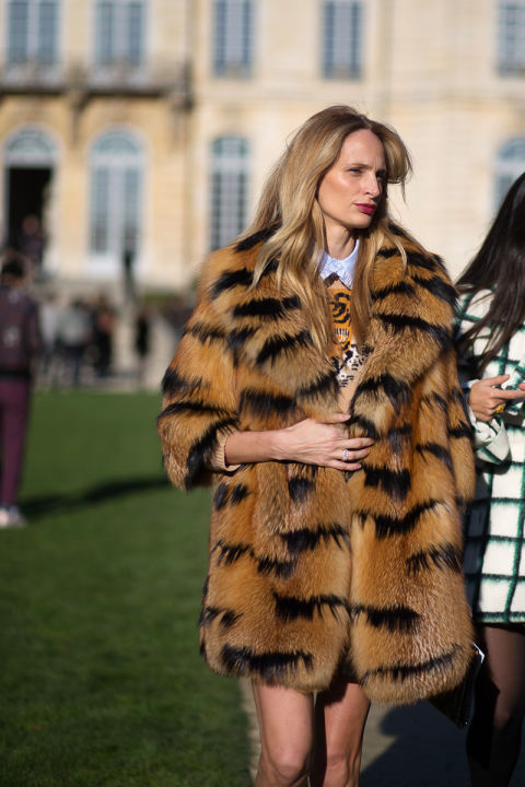paris couture street style 2016-lsd-lauren santo domingo-fur coat-hbz