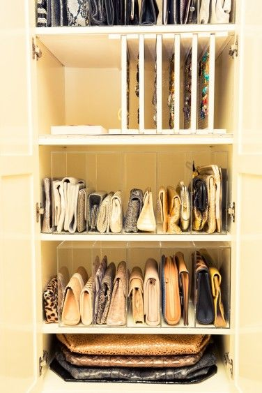 purse organization-line up closets in clear cubbbies-stack totes-closer otgranization-handbag storage-celeb closets-gayle king-thecoveteur