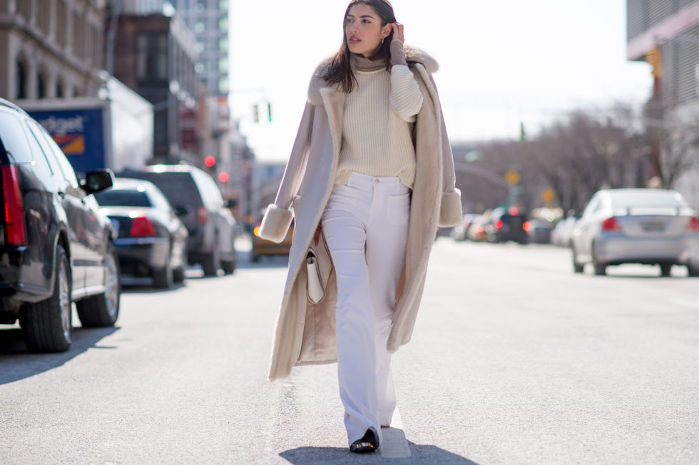 50 Ways To Wear White Jeans In Winter