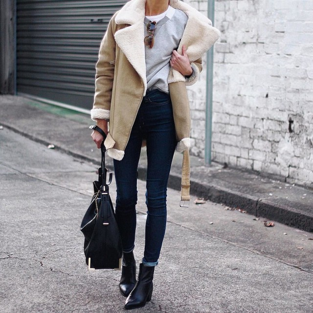 how to roll your jeans, denim styling, jeans, weekend outfit-rolled jeans-chelsea boots-shearling coat-grey sweatshirt-winter weekend outfit-instagram pepamack