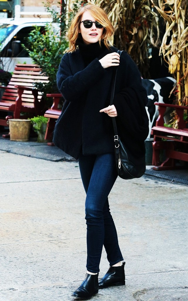 winter outfti-turtleneck sweater-brunch-chelsea boots-jeans-emma stone-www