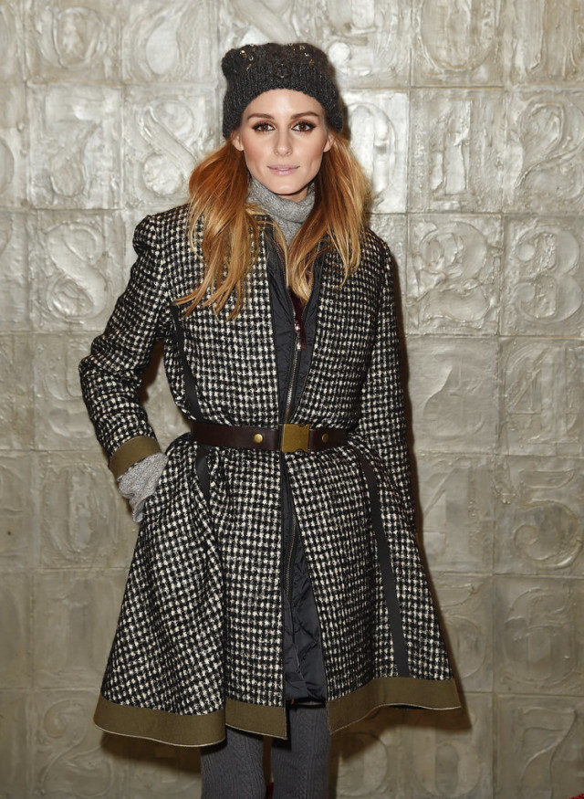 Olivia-Palermo-BELTED COAT-BEANIE-OLIVAIPALERMO-doulbe jackets-getty-nyfw street style