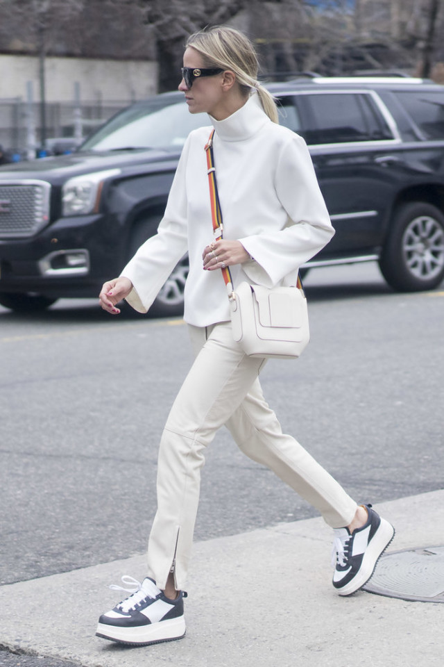 all white-winter white-mockneck-turtleneck sweater-zipper ankle jeans-platform sneakers-creepers-nyfw street style-ps