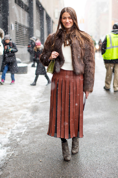 amanda weiner-pleated leather skirt-leather midi skirt-carwash pleates-fur bomber jacket-ankle booties-winter work outfit-brown-winter outfits-nyfw street style 2016-hbz