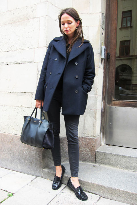 brunch outfit-all black-black and navy-navy pea coat-loafers--black sknnies