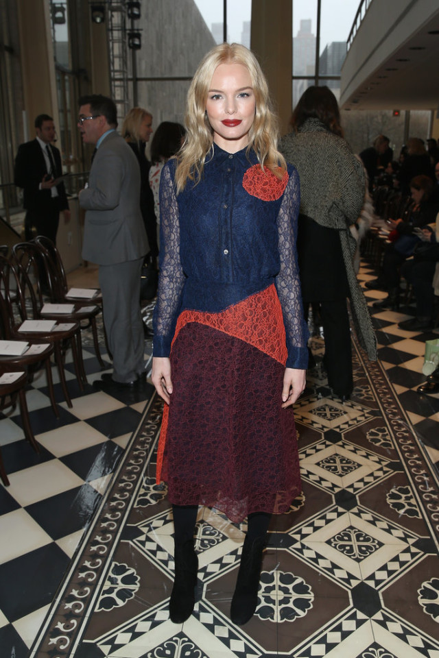 colored lace-boots-colorblock-work outfit-office to out-kate bosworth-nyfw street style-psgetty