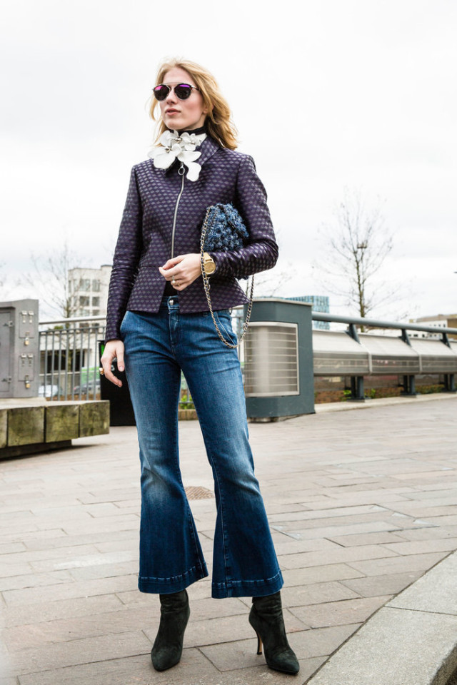 cropped flares-booties-brooch-turtleneck-printed jacket-lfw street style-psuk