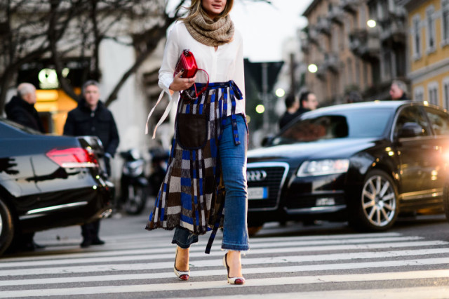 cropped flares-frayed denim-pumps-two tone pumps-skirt oer jeans pants-white oxfrod shirt-snood-scarf-mfw street style-elle