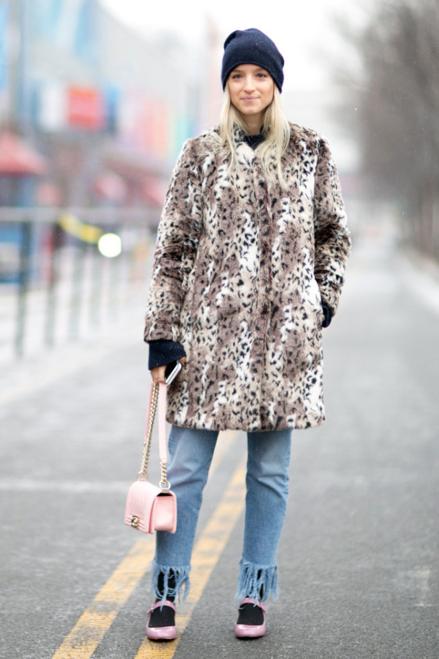 fray jeans-socks and shoes-pink mary janes-leopard print coat-animal print coat-fur coat-pink bag-beanie-winter outfit-going out night out-nyfw stree style-ps