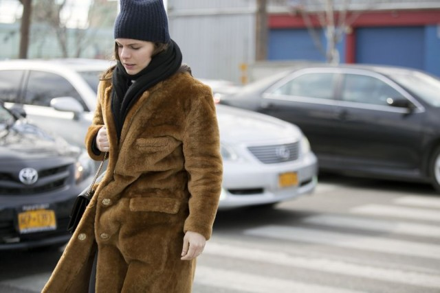 fur coat-furry coat-teddy bear coat-beanie-nyfw street style 2016