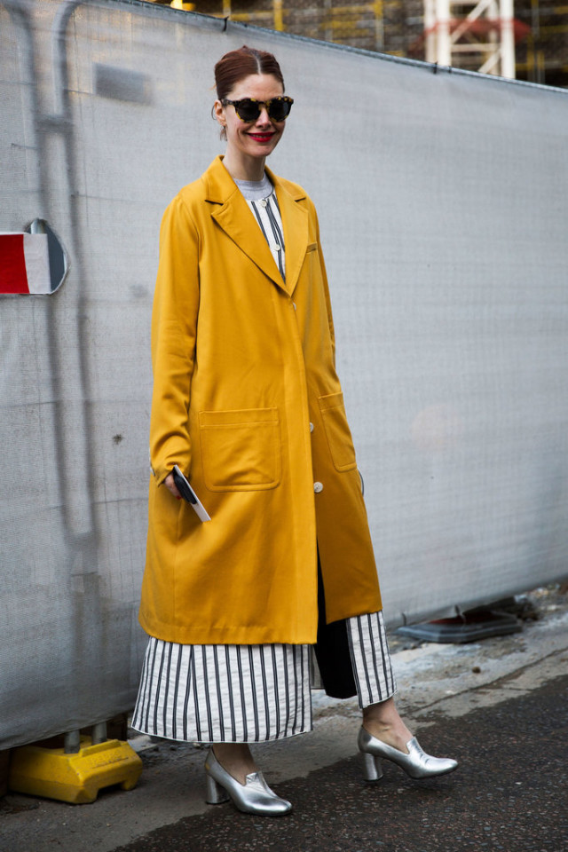 glove shoes-dress over pants-yellow coat-rain coat-lfw-psuk