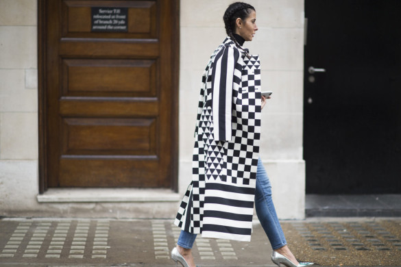 graphic coat-statemetn coat-silver shoes-turtleneck-jeans-going out night out-getty-lfw street style