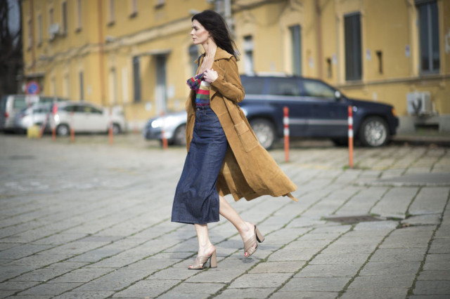 gucci mules-denim pencil skirt-denim midi skirt-rainbow stripes-suede trench coat-milan fashion week street style-cosmo
