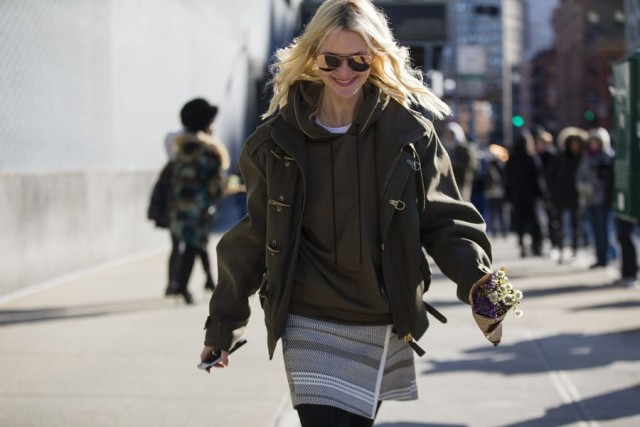 hoodie-wrap skirt-mini skirt-toggle coat-zanni rossi-olive green-nyfw street style 2016-work outfit