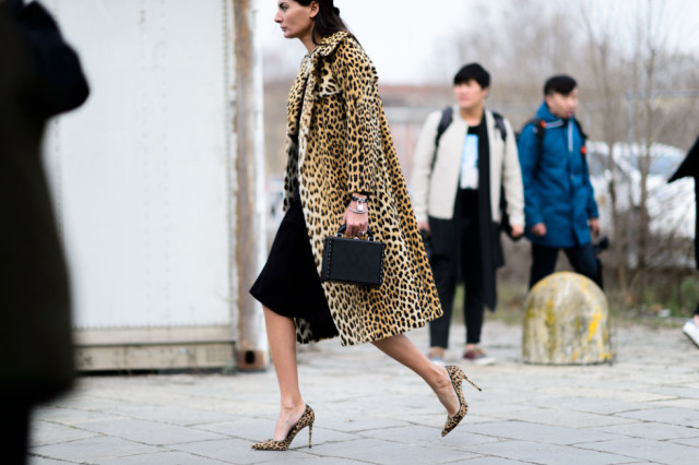 leopard print coat-shoes-winter work outfit-structured bag-ladylike-milan fashion week street style-elle