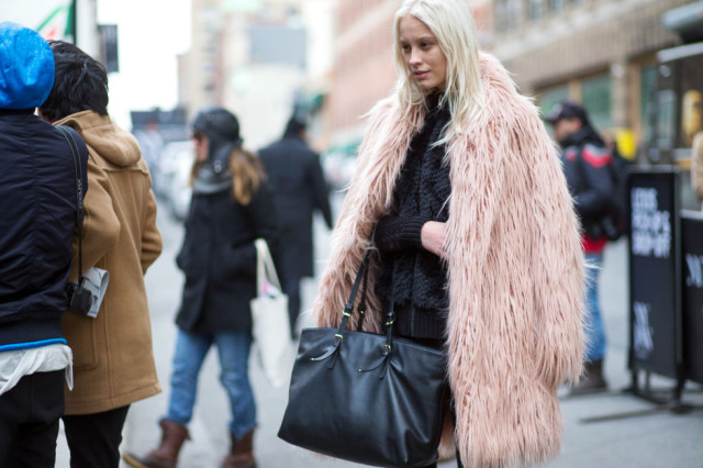 nyfw street style, nyfw fall:winter 2016, new york fashion week, winter to spring dressing, winter outfits, what to wear when it's freezing, layering, layers, double coats jackets, colored fur-hbz