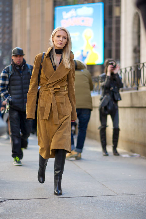 nyfw street style, nyfw fall:winter 2016, new york fashion week, winter to spring dressing, winter outfits, what to wear when it's freezing, layering, layers, suede coat-robe coat-choker shirt-boots-kate davidson hudson hbz