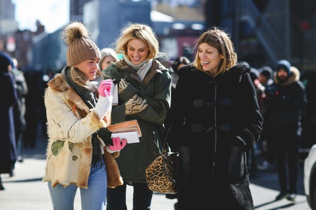 nyfw street style-what to wear when it's freezing out-coats-vogue editors-ref29