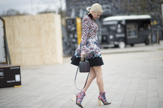 printed booties-lucite heel booties-floral dress coat-caroline vreeland-lfw street style-psuk-getty