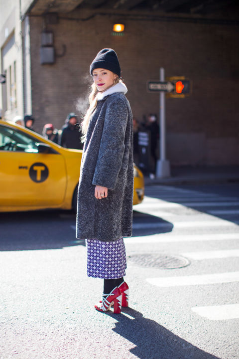 printed pants-culottes-tights and shoes-socks and shoes-glitter shoes-fur trim coat-beanie-kate foleywinter outfits-what to wear when its freezing-nyfw 2016 street style-hbz