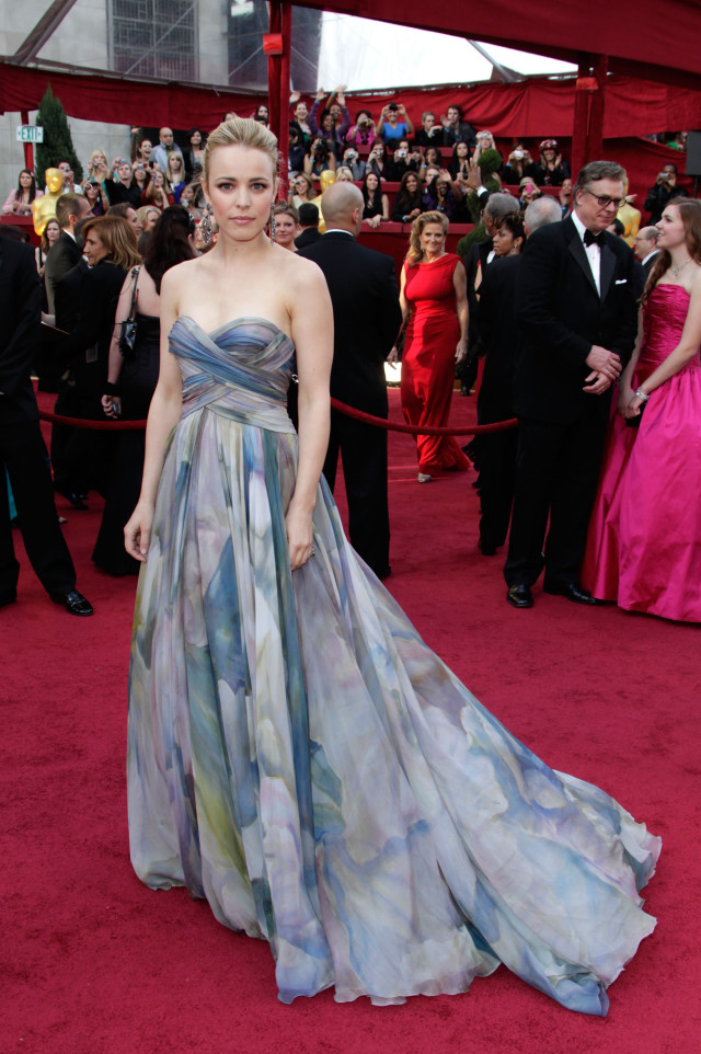 Actress Rachel McAdams arrives at the 82nd Annual Academy Awards held at the Kodak Theatre on March 7, 2010 in Hollywood, California.