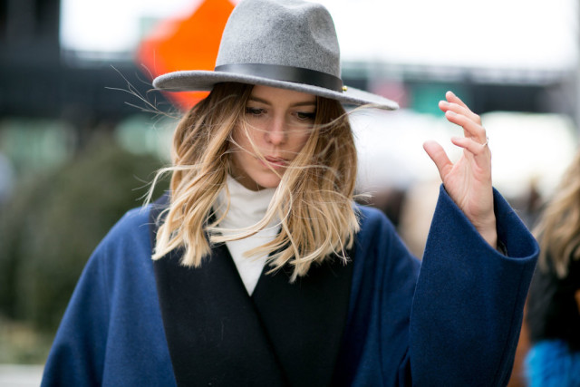 turtleneck-wide brim hat-two tone jacket-navy and black-nyfw street style-nyfw street style, nyfw fall/winter 2016, new york fashion week, winter to spring dressing, winter outfits, what to wear when it's freezing, layering, layers,