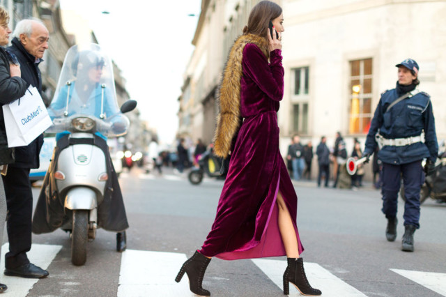 velvet dress-black platform ankle booties-berry-fur stole scarf-fur across shoulder-milan fashion week street style-hbz
